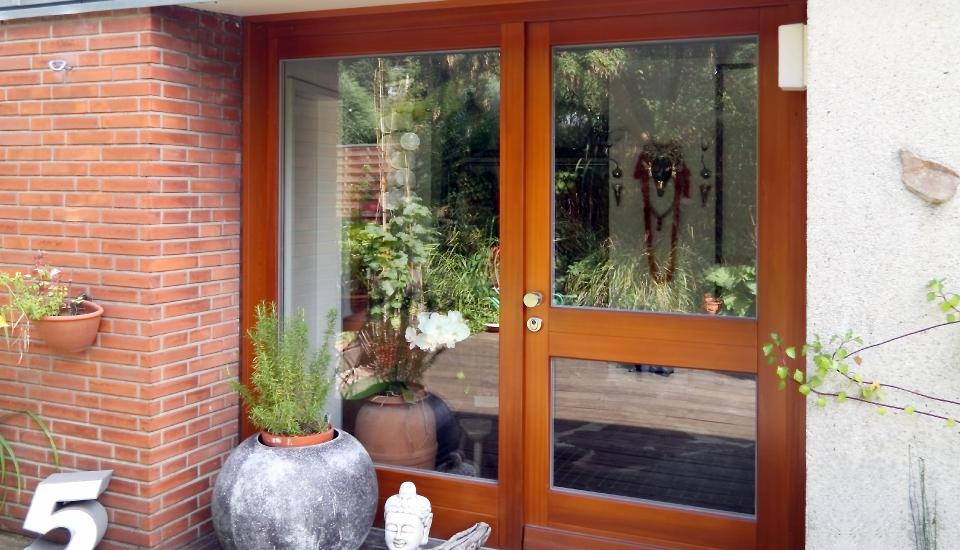 Sanierung und Erneuerung der Haustür in Poppenbüttel